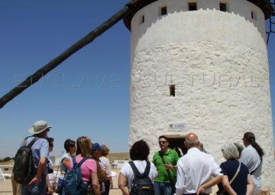 Visitas-guiadas-en-La-Mancha_Enclave-Cultural